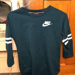 Nike 3/4 Sleeve Tee